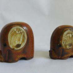 (T) 2 elefanti ceramica, stilizati, miniatura, 3, 5 si 3 cm, decor