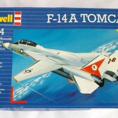 Macheta avion F-14A TOMCAT, scara 1:144, Revell, deja asamblata