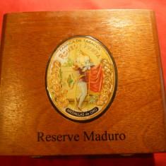 Cutie pt Trabucuri- Romeo si Julieta-R.Dominicana -Maduro, lemn, dim.=18x15cm