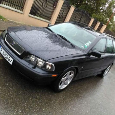 Volvo v40, An Fabricatie: 2000, Benzina, 200000 km, 2000 cmc