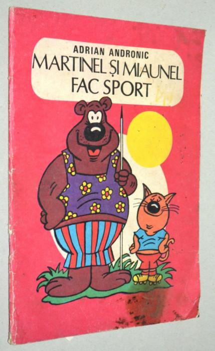 Carte Veche De Colorat Martinel Si Miaunel Fac Sport