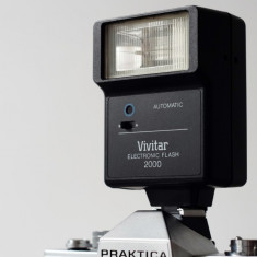 Blitz Vivitar 2000 DSLR Canon Nikon Sony Fuji mirorrless Olympus 4/3 - Teleconvertor Obiectiv Foto