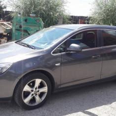 Opel Astra Sports Tourer, An Fabricatie: 2011, Motorina/Diesel, 190000 km, 2000 cmc