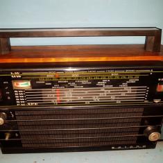 Radio vechi SELENA B - 211 - Aparat radio, 0-40 W
