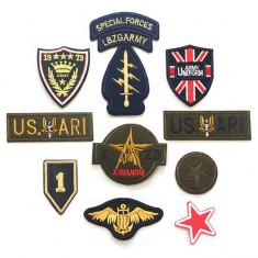 Set 10 piese insigne militare brodate
