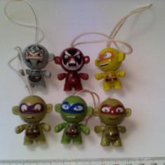 Bnk jc Kinder - Testoasele ninja - set complet FF 560-FF 565 - Surpriza Kinder