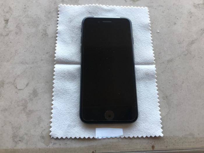 iPhone 7 128GB Jet Black NOU NOUT,neverlocked,garantie Apple - 2049 LEI! Okazie foto mare