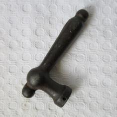 Maner vechi de usa din fier, clanta veche ( II ) - Metal/Fonta