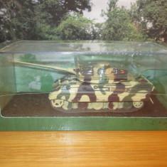 Macheta tanc King Tiger - Normandy - 1944 - ATLAS scara 1:72 - Macheta auto