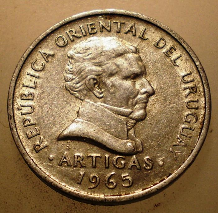 2.796 URUGUAY ARTIGAS 20 CENTESIMOS 1965 foto mare