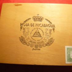 Cutie pt. Trabucuri marca Hoja de Nicaragua,lemn ,dim.=23x18,4x5,3cm