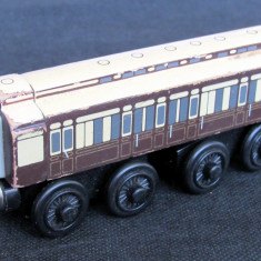 Thomas and Friends ✯ Rare Wooden Railway ✯ OLD SLOW COACH ✯ Magnetic Vagon✯ 2003, Locomotive
