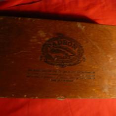 Cutie pt. Trabucuri marca Padron 2000 Nicaragua, lemn, dim.=27x15cm