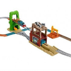 Set Jucarii Trackmaster Scrapyard Escape - Trenulet Thomas and Friends