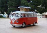 Macheta autorulota Volkswagen Kombi Westfalia - 1966  scara 1:43