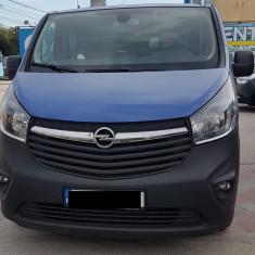 Inchiriez Microbuz 9 locuri (Opel Vivaro Diesel)