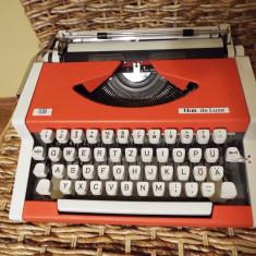 Masina de scris TBM de Luxe