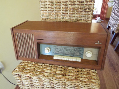 radio pe lampi Siemens foto