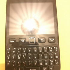 Telefon mobil BlackBerry 9720 - Telefon BlackBerry, Negru, 8GB, Neblocat, Single SIM, Fara procesor