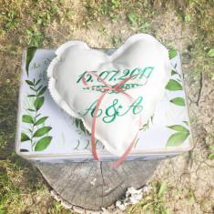 Heart Ring Pillow – Pernuta verighete inima personalizata prin broderie, Cadouri Valentine`s Day