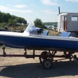 Barca fibra de sticla