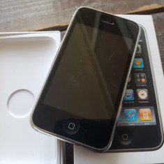 iPhone 3Gs Apple 32 Gb, negru, never locked, la cutie - 200 lei, Neblocat