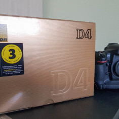 Vand Nikon D4 - Obiectiv DSLR