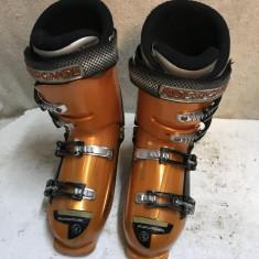 Clapari ski schi Rossignol Radical R12 marime 41 mondo 26.5