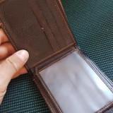 Portofel de piele naturală