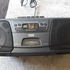 CD PLAYER RADIO CASETOFON TCM FUNCTIONEAZA .