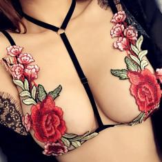 Sutien Negru cu Trandafiri Roșii Ștefania