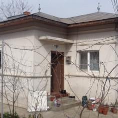 Vând casă - Casa de vanzare, 70 mp, Numar camere: 2, Suprafata teren: 420