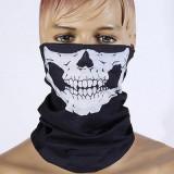 Cagula/ bandana schelet (schi/ snowboard/motocicleta/ cilclism); bandana skull