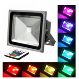 Cumpara ieftin Proiector LED 30W RGB cu telecomanda reflector exterior iluminat arhitectural