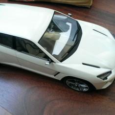 Macheta Lamborghini Urus 2012 - MCG 1/18 - Macheta auto, 1:43