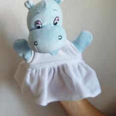 (T) Marioneta hipopotam cu fustita, papusa de mana, teatru de papusi
