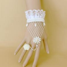 Bratara alba dantela mireasa model floare-cu inel