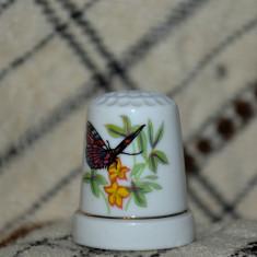 Degetar din portelan, de colectie - tematica : fluturi, Decorative