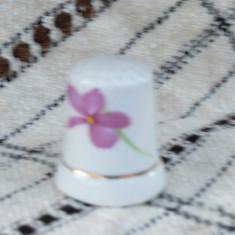 Degetar din portelan, de colectie - tematica flora, Decorative