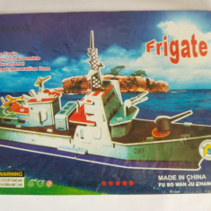 (T) Macheta fregata, vapor din carton, jucarie pt copii, usor de asamblat - Macheta Navala