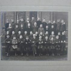 Fotografie veche fixata pe carton perioada anilor 1900 - dimensiune mare