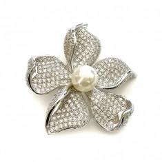 Brosa Flower Pearl by Borealy - Brosa placate cu aur