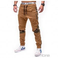 Pantaloni pentru barbati, camel, cu insertii de camuflaj, stli militar, army, banda jos, casual - P387 - Pantaloni barbati, Marime: S