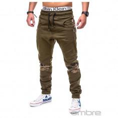 Pantaloni pentru barbati, verde, cu insertii de camuflaj, stli militar, army, banda jos, casual - P387 - Pantaloni barbati, Marime: S, XXL
