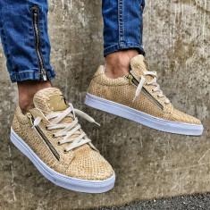 Pantofi casual pentru barbati, gold, cu siret, model unic, piele ecologica, logo auriu - zipper - Tenisi barbati, Marime: 43, 45
