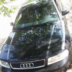 Audi A4, An Fabricatie: 2002, Benzina, 330145 km, 1595 cmc