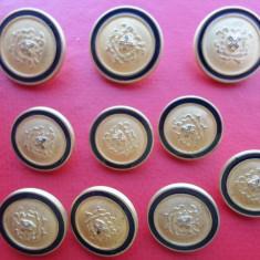Lot 10 nasturi metalici aurii, insemne heraldice, pt sacou/veston barbati