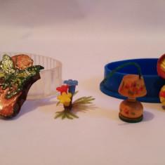 (T) Lot jucarii romanesti miniatura, anii '70-80, in cutiuta, rata, veioza...