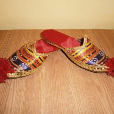 Papuci orientali copii, mar 34, in stare buna! - Papuci copii, Culoare: Din imagine