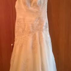 Rochie de mireasa BLUE BRIDAL marimea 44, Rochii de mireasa sirena
